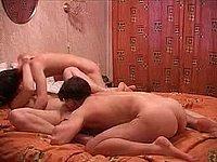 Geiler Dreier - Sex zu Dritt mit einem geilen Luder
