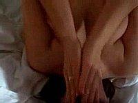 Schwanz blasen mit Kehlenfick - Hand Sex mit geilem Abspritzen