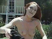 Blowjob Quickie auf der Wiese - Sex im Freien