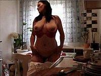 Privates Strip Video von Emilia (28)