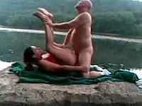 Sex in freier Natur - Geiles Paar beim V�geln