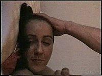 Freundin mitten ins Gesicht gewichst