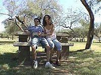 Geiles Schwanz Blasen im Park