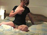 Muschifick mit Schwanz und Gummipimmel
